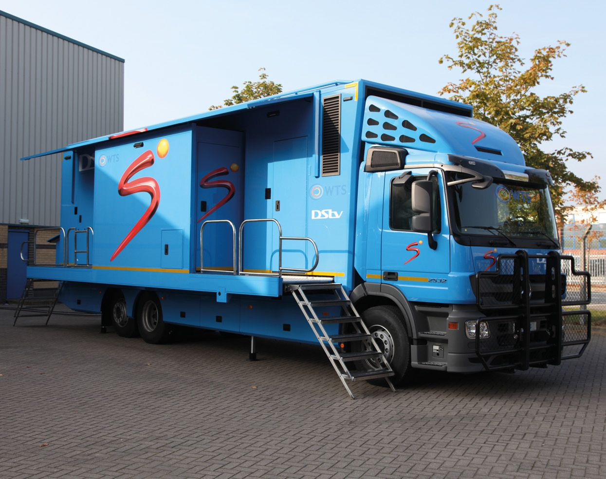 Super Sport OB Van